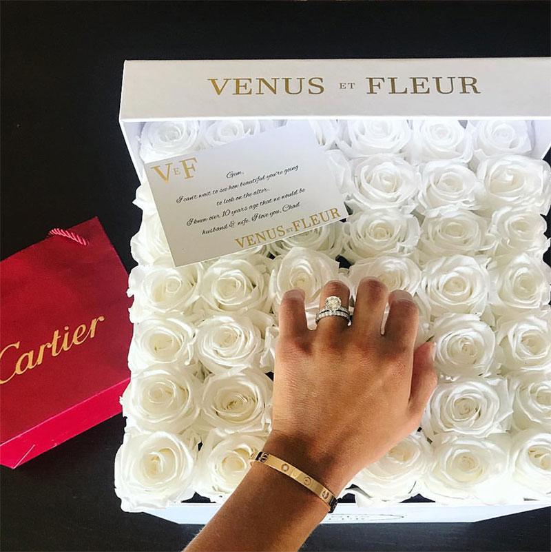 venus et fleur wedding gift