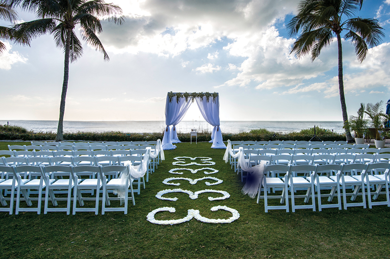 beachside wedding ceremony at Naples Beach Hotel