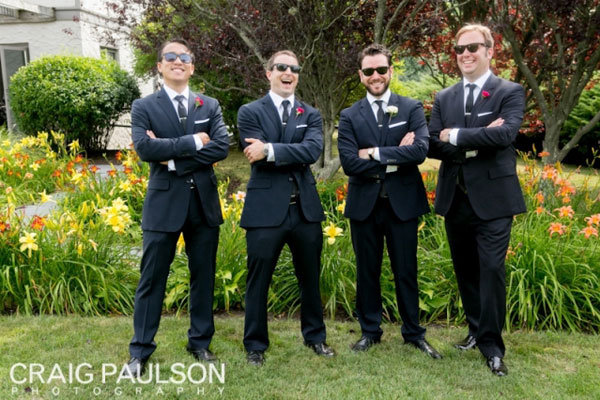 groomsmen wearing sun glasses