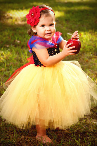 snow white flower girl