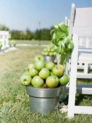 ceremony decor with apples