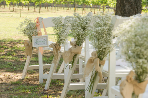 babys breath wedding ceremony decor