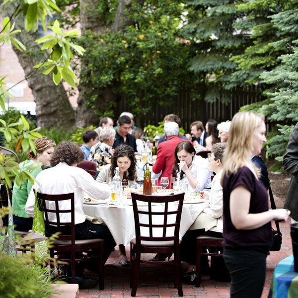 Cheap Home Wedding Ideas: Throw Your Own Wedding At Home!