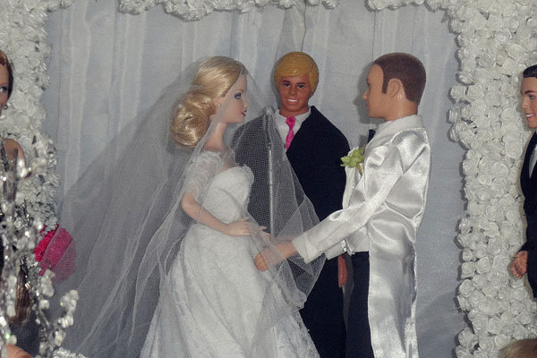 Wedding Reading Love Is Patient: Barbie Dream Weddings Come To Life