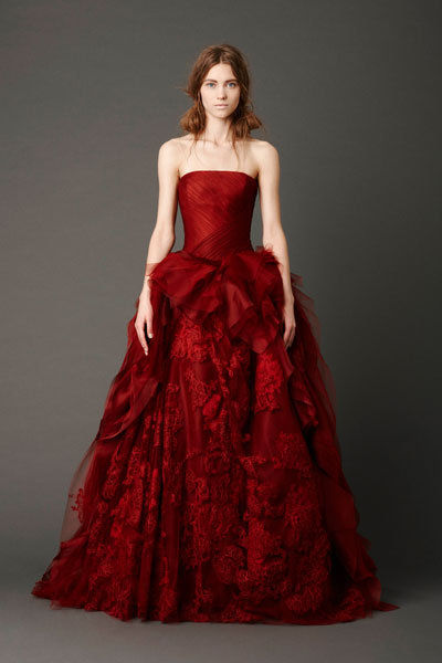 vera wang red wedding gown