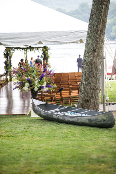 canoe wedding decor