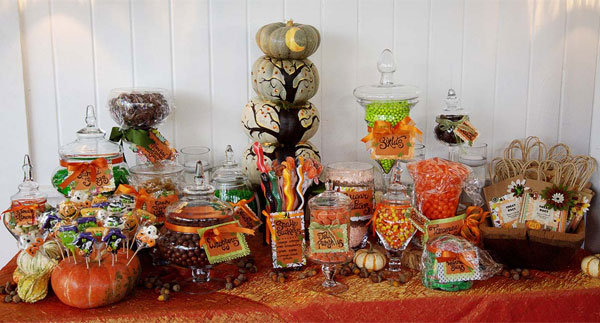 trend we love candy buffets bridalguide. Black Bedroom Furniture Sets. Home Design Ideas