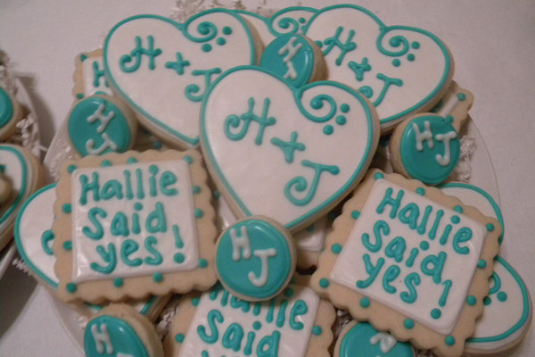 engagement announcement cookies
