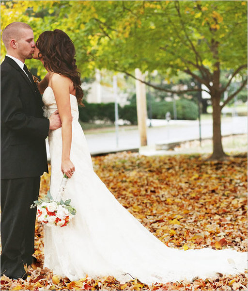 10 reasons to love fall weddings bridalguide fall wedding junglespirit Choice Image