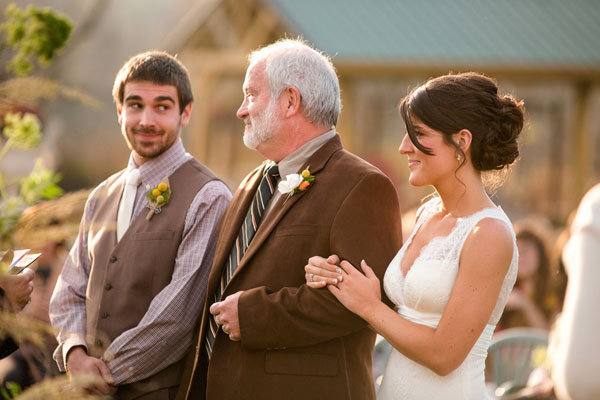 groom with father in law