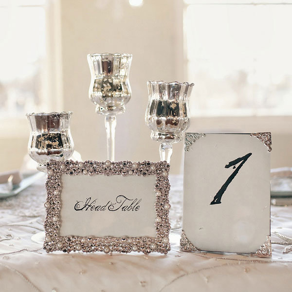 the hottest color palette for cold weather weddings bridalguide. Black Bedroom Furniture Sets. Home Design Ideas