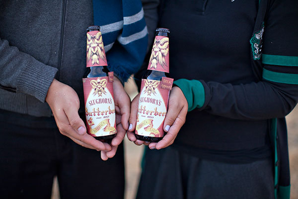 harry potter engagement photos butterbeer