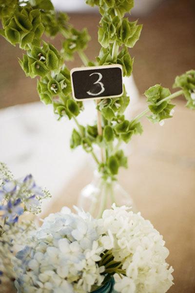 irish wedding traditions bridalguide. Black Bedroom Furniture Sets. Home Design Ideas