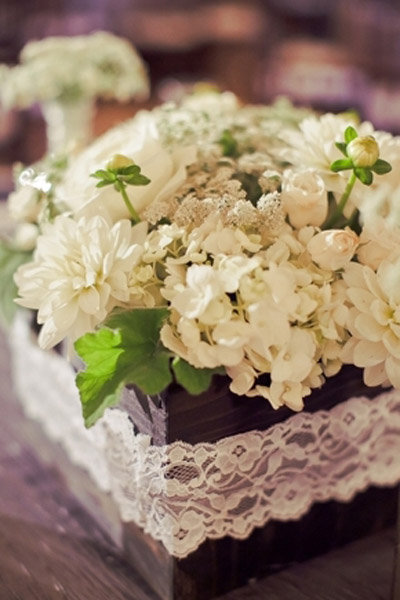 lace flowers centerpieces