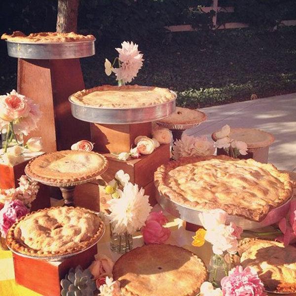 Wedding Mini Desserts: Trend We Love: Mini Desserts