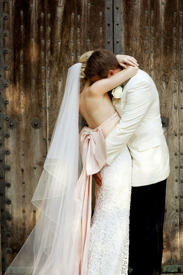 The Most Romantic Wedding Photos BridalGuide