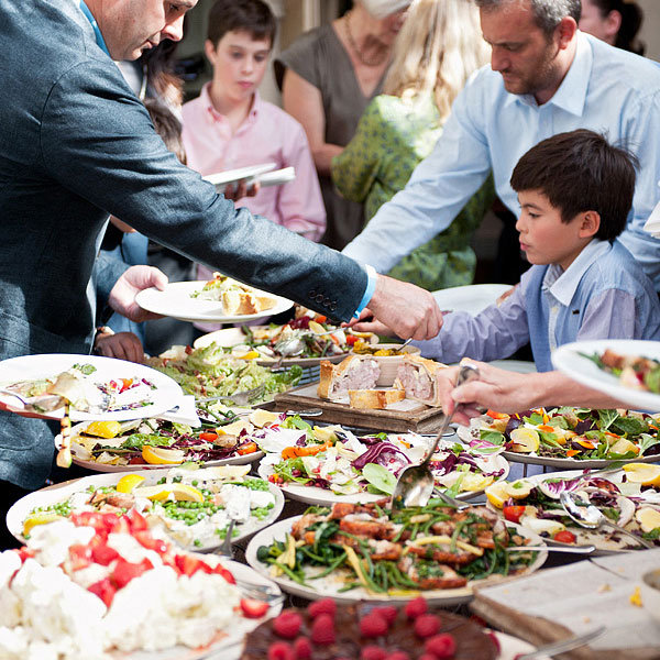 Wedding Reception Buffet Style: Wedding Food That Won't Bore Your Guests