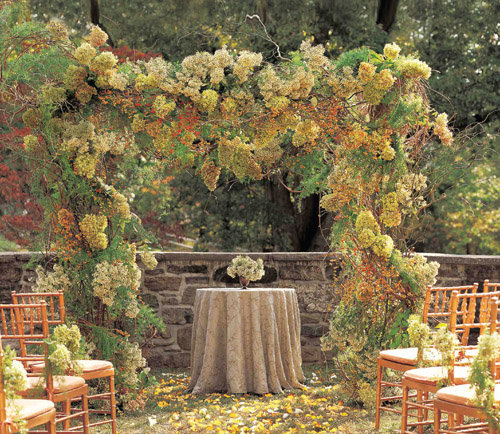 The Ceremony Decor: Nature-Inspired Ideas For Fall Weddings