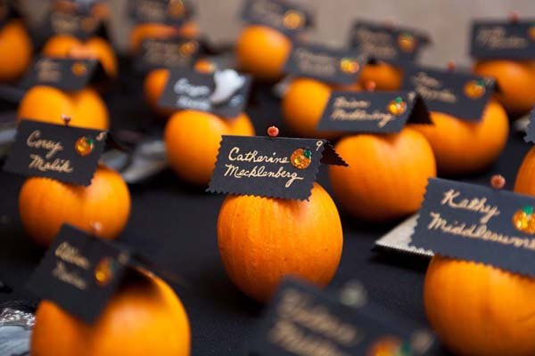 Halloween Wedding Gifts: Nature-Inspired Ideas For Fall Weddings