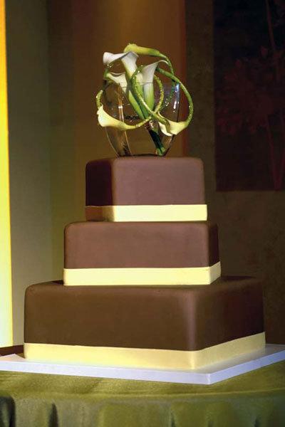 10 Unique Wedding Cakes We Love Bridalguide