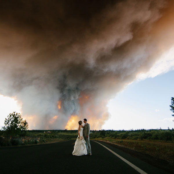 oregon wildfire wedding