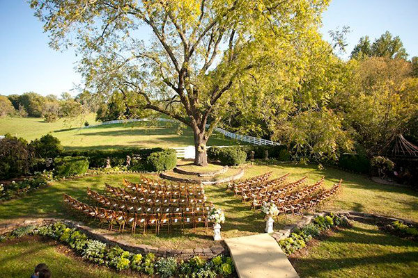 20 ingenious tips for throwing an outdoor wedding bridalguide outdoor wedding junglespirit