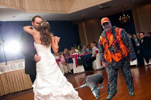 Funny Wedding Photos Dad Misses Wedding Included Via Photoshop
