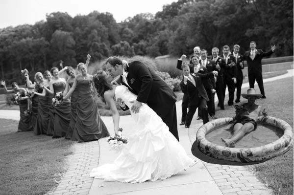 Funny wedding photos dad misses wedding included via for Photoshop wedding photos