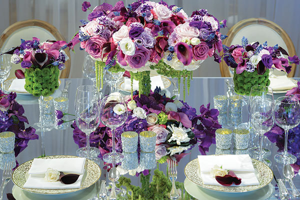 designing your own wedding flowers