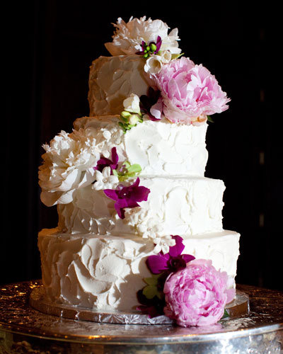 romantic wedding cakes 10 pretty wedding cakes bridalguide 19255