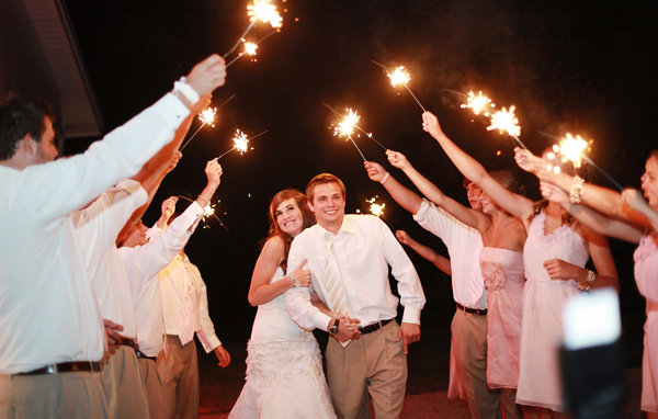 sparklers wedding photos