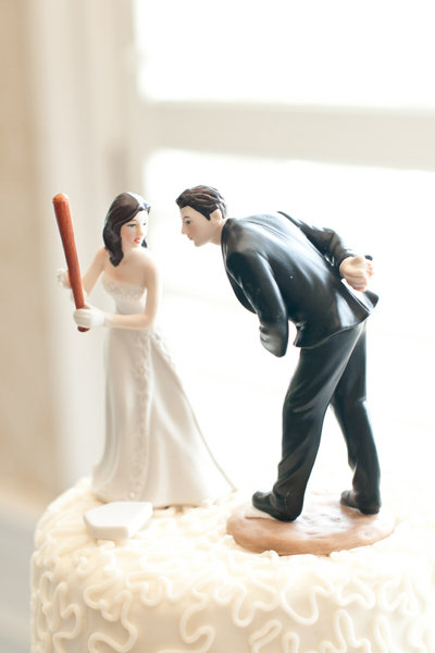 trending wedding cake toppers 10 trends for weddings bridalguide 21263