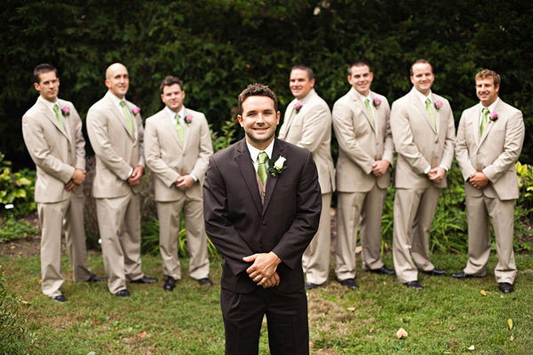have the groom wear a different suit than the groomsmen