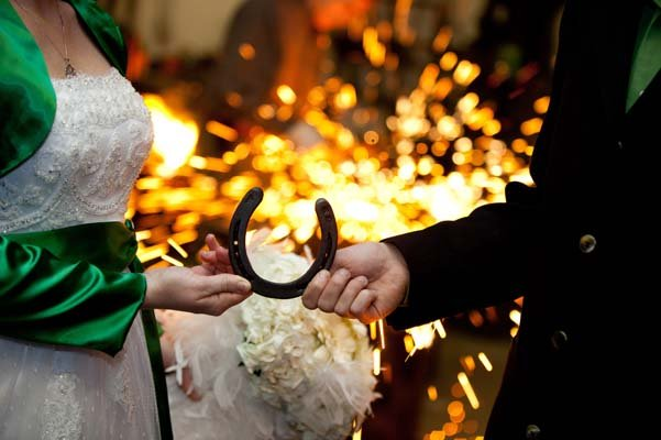 Irish Wedding Traditions   BridalGuide