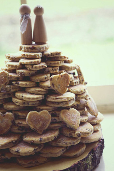 cookie tower wedding cake