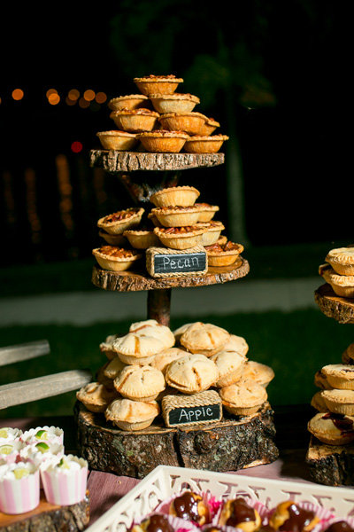 pie tower wedding