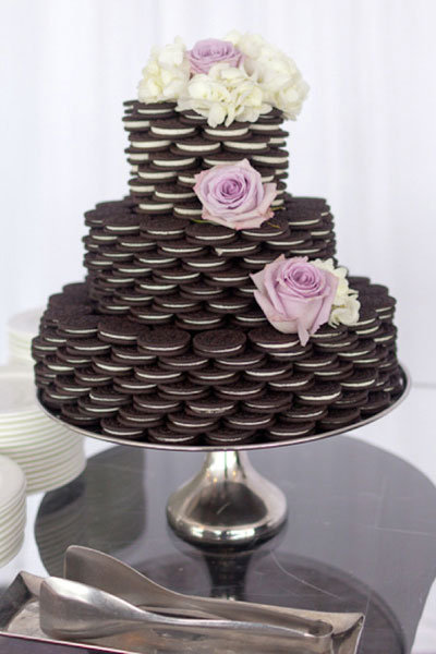 oreo tower wedding cake
