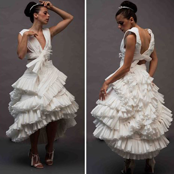 Unbelievably Beautiful Dresses Made Of Toilet Paper