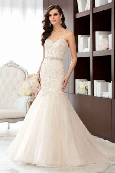 Top Wedding Gowns of 2013 | BridalGuide