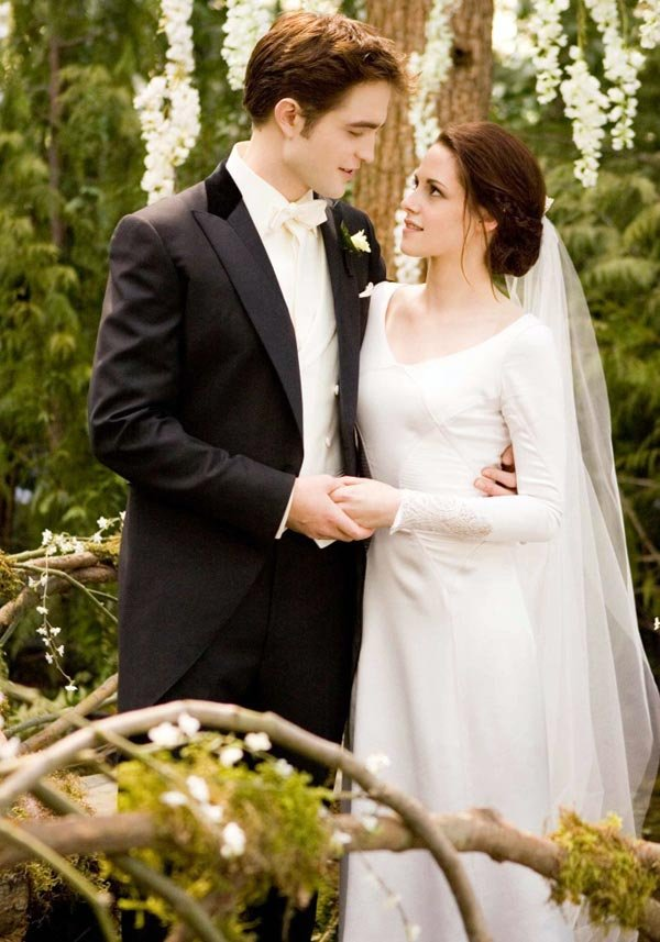 twilight breaking dawn bella swan wedding dress