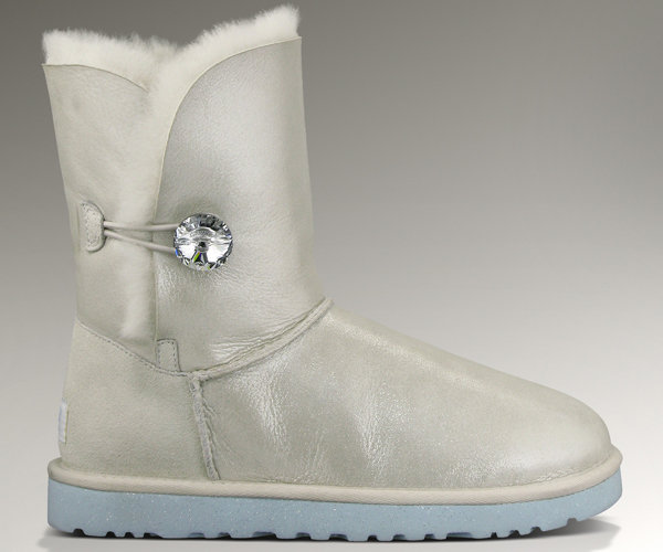 Ugg Australia Launches Quot I Do Quot Wedding Collection Bridalguide