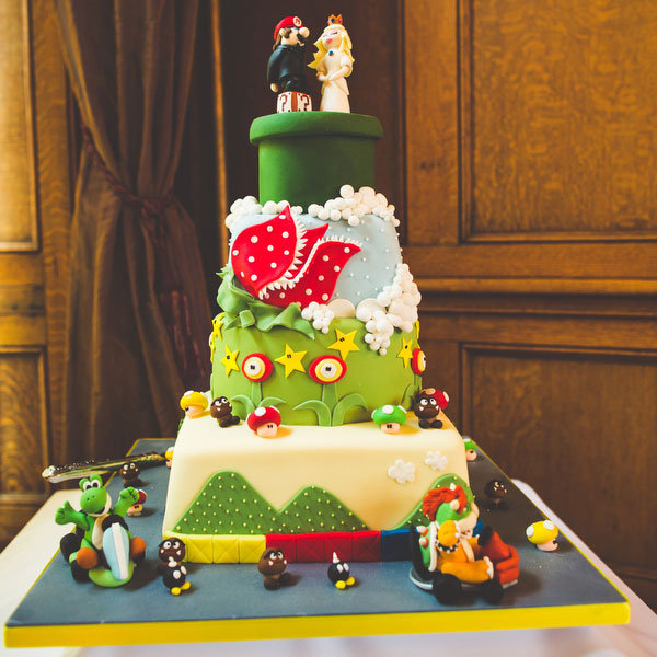super mario bros nintendo wedding cake