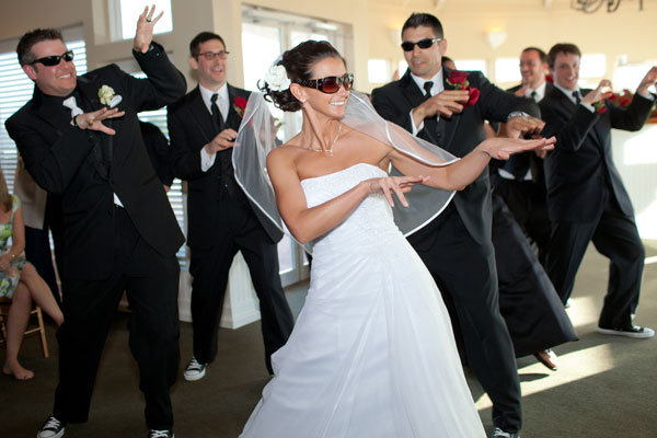 thriller dance at wedding