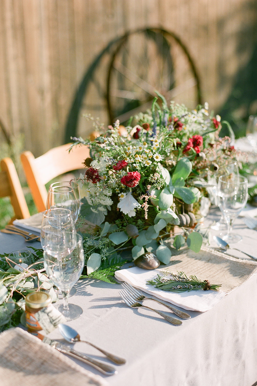 Ideas for a chic country themed wedding bridalguide