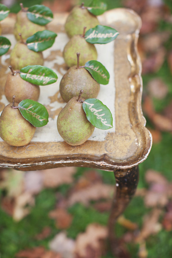pear favors