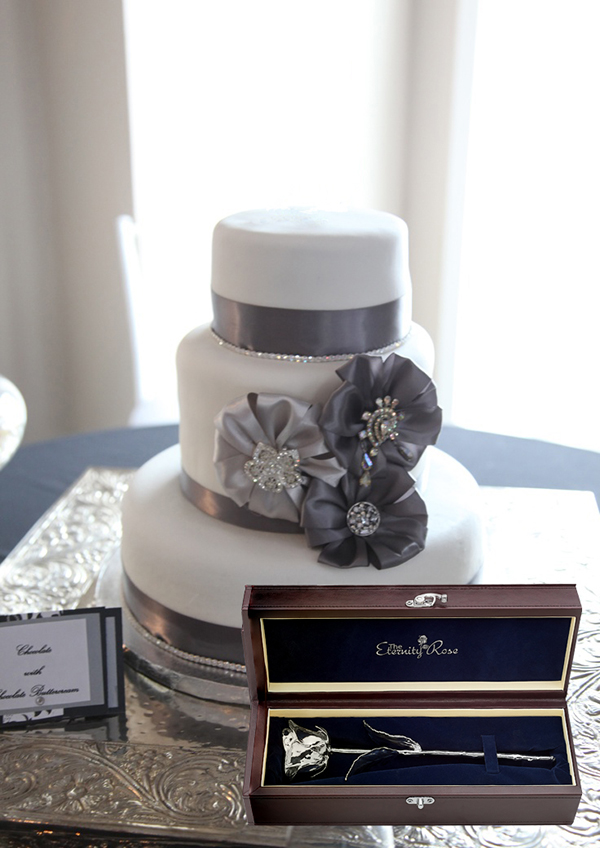 cake table with Eternity Rose