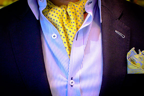 how to tie ascot under shirt