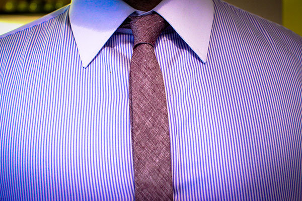 How to tie the knot a grooms guide bridalguide how to tie skinny tie ccuart Image collections