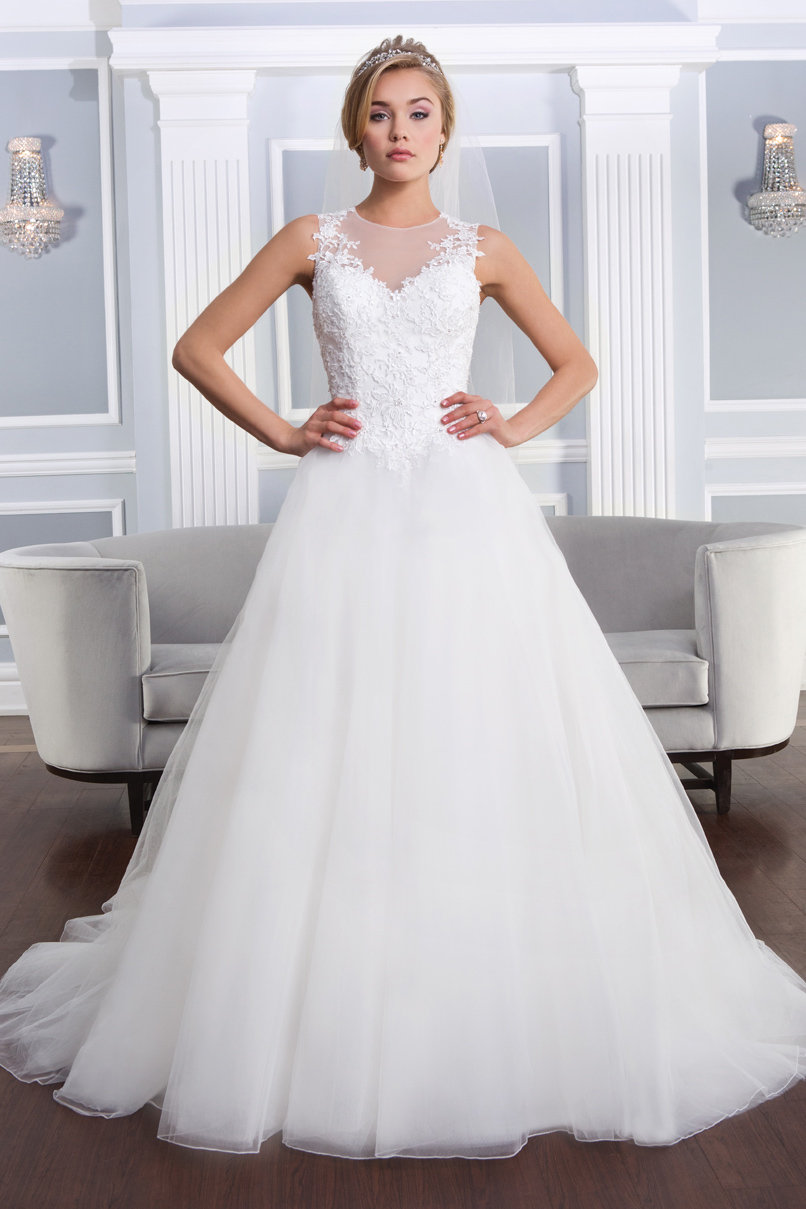 The 25 Most Popular Wedding Gowns Of 2014  Bridalguide. Royal Blue Wedding Dresses Suppliers. Simple Wedding Dresses Nj. Romantic Indie Wedding Dresses. Jovani Wedding Dresses Short. Wedding Guest Dresses Chicago. Off-the-shoulder Lace Wedding Dress 2012 Rosa Clara. Formal Wedding Dresses Plus Size. Cheap Sparkly Wedding Dresses Uk