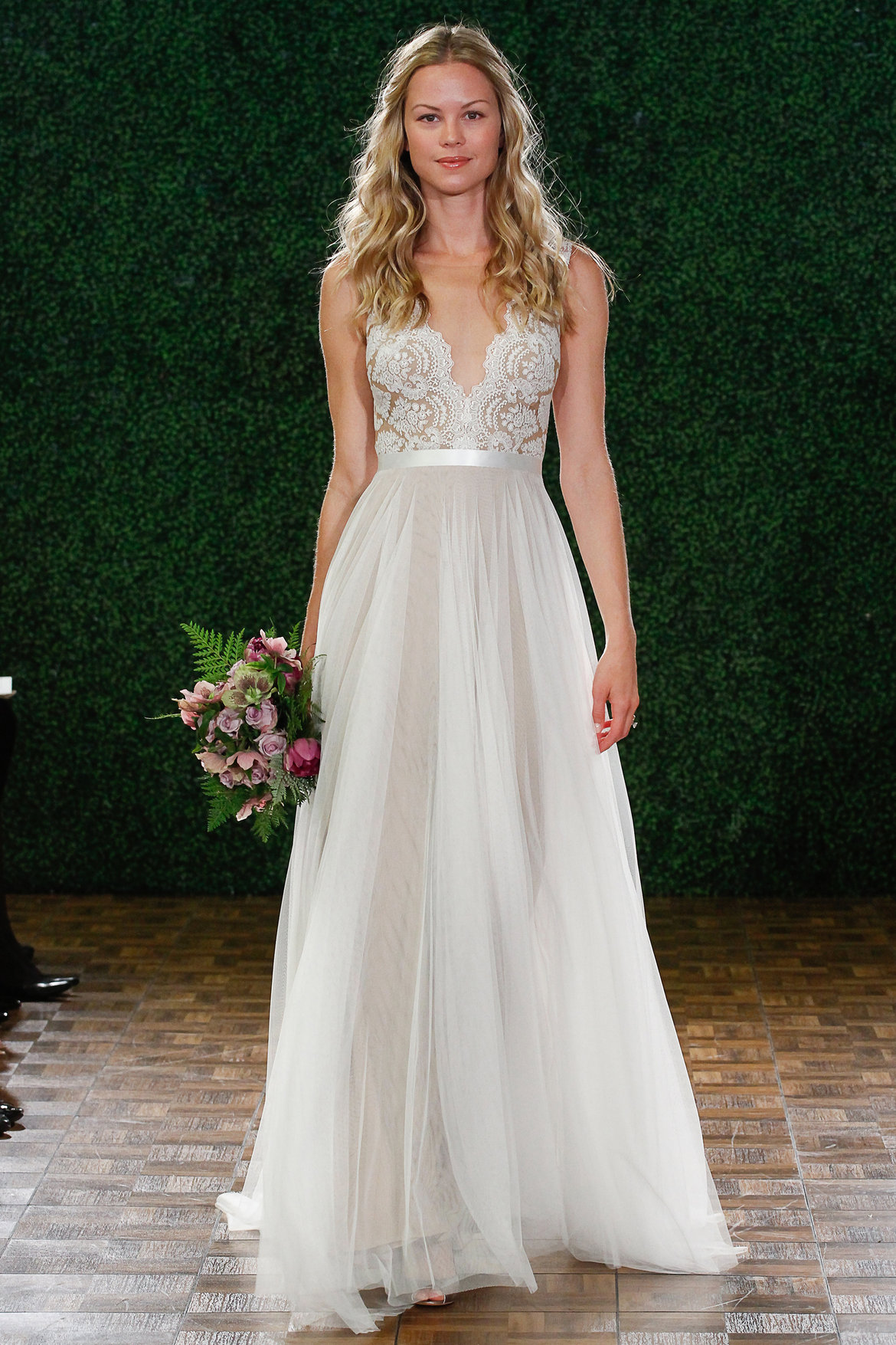 most popular wedding dresses the 25 most popular wedding gowns of 2014 crazyforus 6036